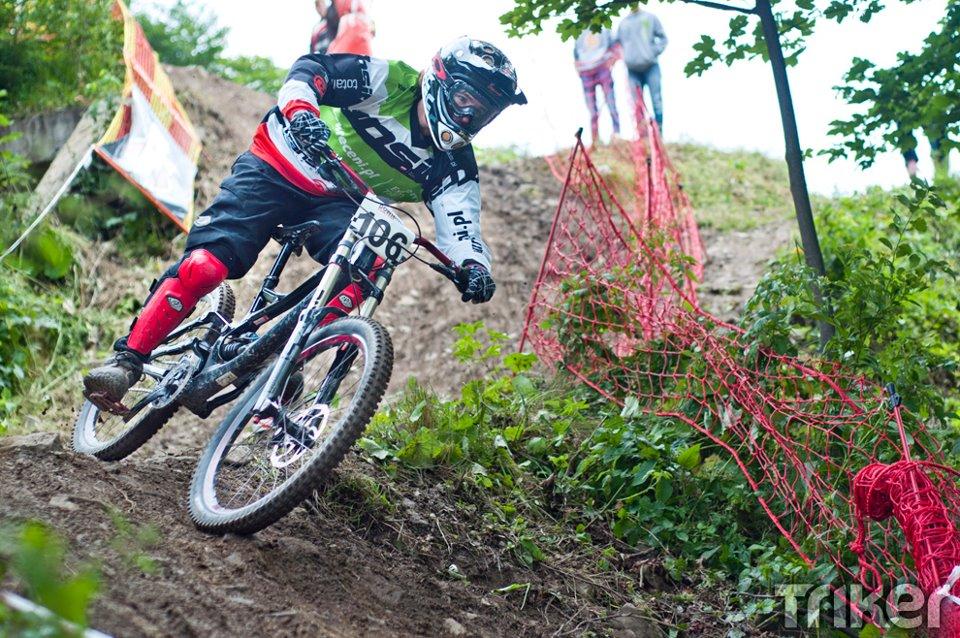 Artur Hryszko podczas mistrzowskiego zjazdu na Mistrzostwach Polski 2012 w Zawoi