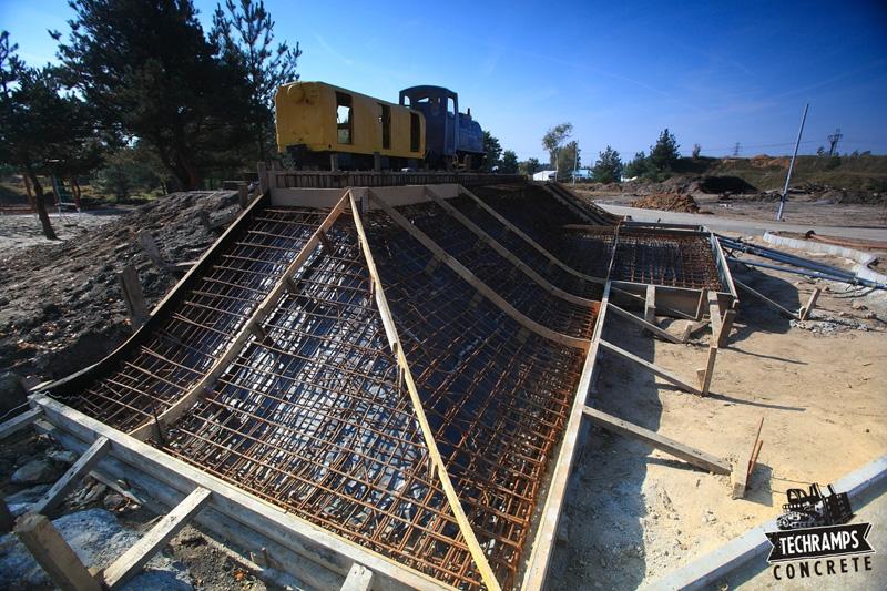 Betonowy skatepark w Olkuszu - budowa