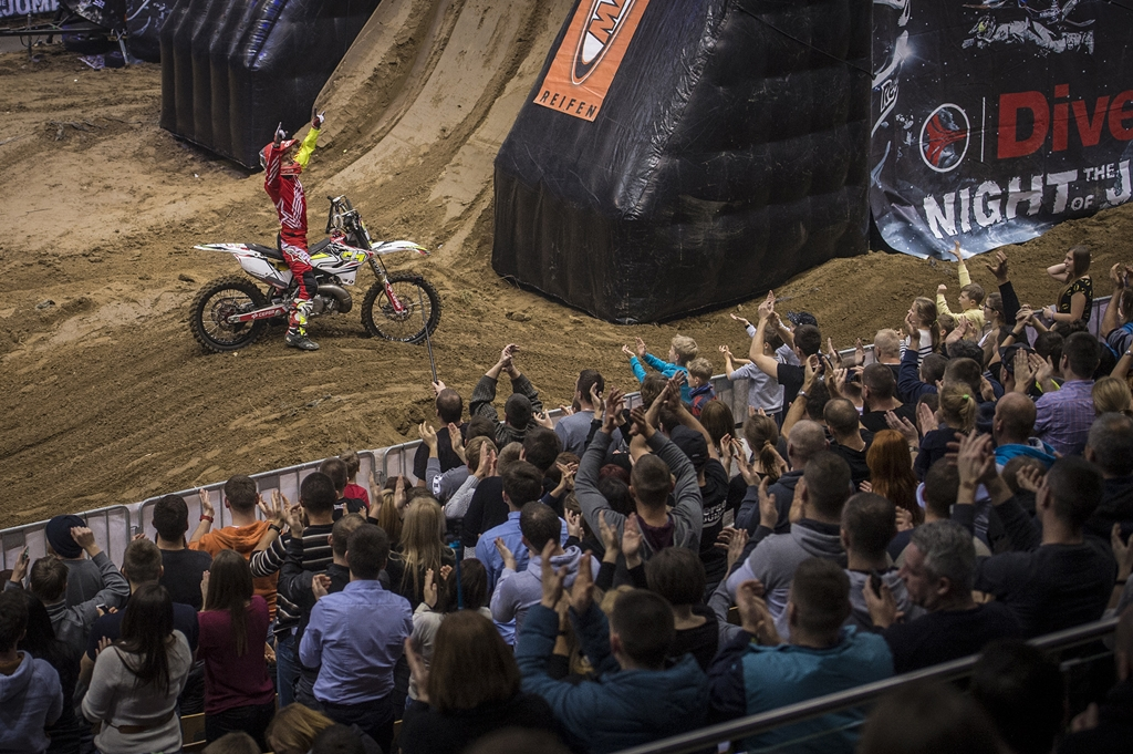 Mistrzostwa Świata Diverse NIGHT of the JUMPs 2015 - Ergo Arena