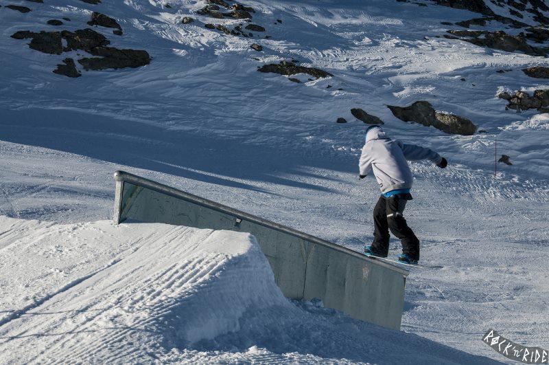 Fronside boardslide
