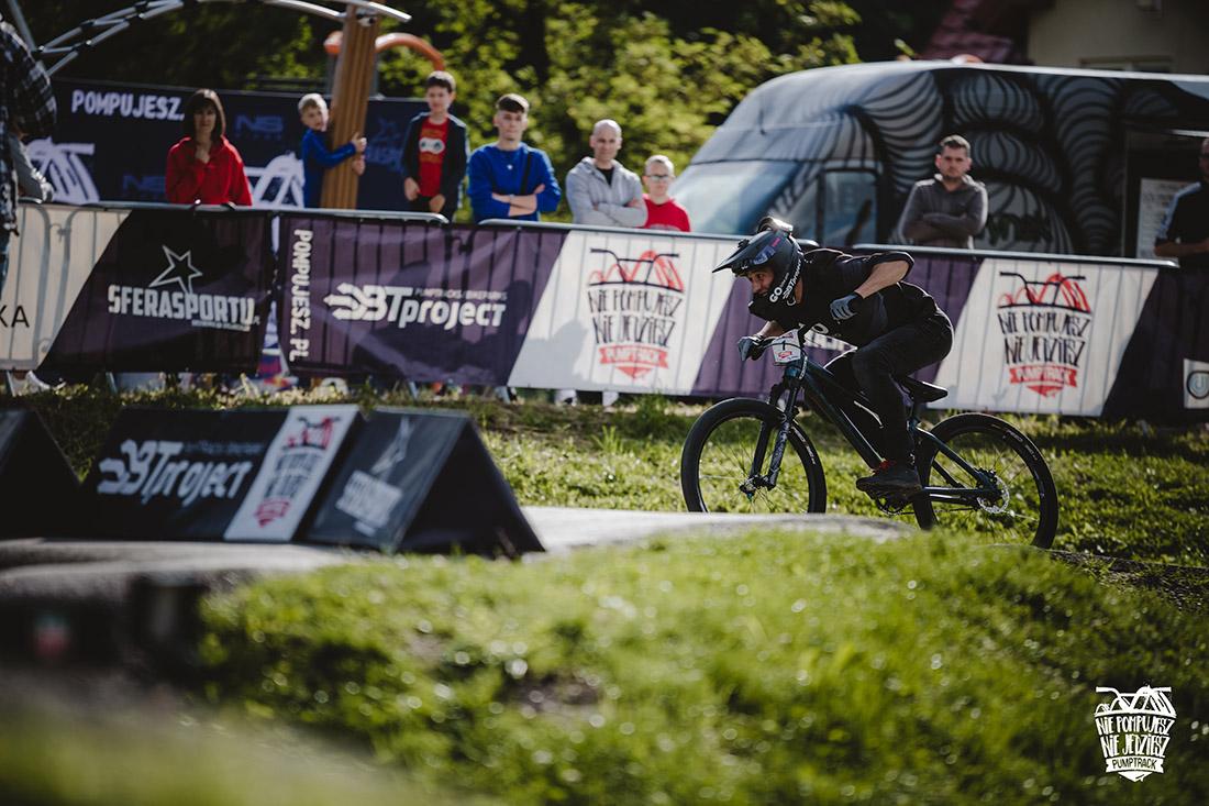 Bartosz Giemza lider cyklu (foto Adam Glosowic)