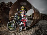 Motocyklem po rurach, nowy projekt Artura Puzio