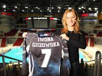 Iwona Guzowska wykona back flipa