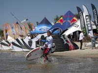 Rusza II etap zawodów o Puchar Polski w kitesurfingu
