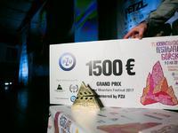 """Grand Prix - Grand Prix konkursu międzynarodowego Krakowskiego Festiwalu Górskiego otrzymał """"The Last Honey Hunter"""" w reżyserii"""