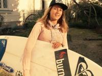 Karolina Winkowska zaprasza na imprezę pod palmą!