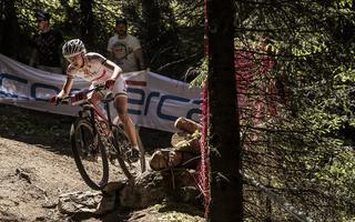 Maja Włoszczowska w zaciętej walce o Puchar Świata MTB UCI