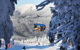 Zima w czeskich górach to mieszkanka relaksu z adrenaliną