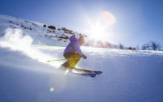 Kije narciarskie - kiedy są potrzebne, jak ich używać?