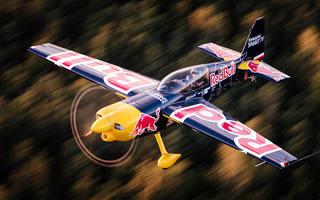 Freestyle na pokładzie samolotu akrobatycznego
